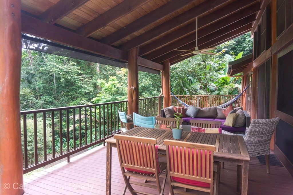 Private Rainforest Retreat With Lagoon Style Pool - Accommodation Georgetown